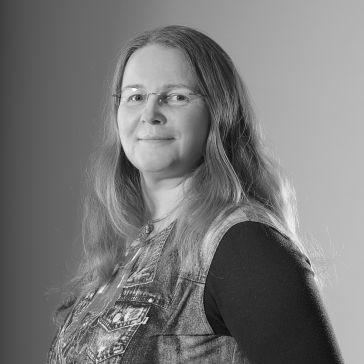 Diana Uramová - Graphic Designer