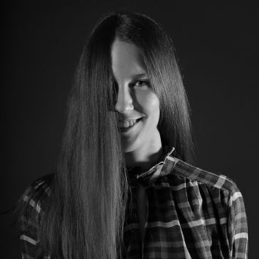 Dajana Denkoczyová - Media Assitant